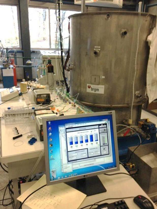 Des minéraux, des plantes et des microbes pour piéger les polluants métalloïdes